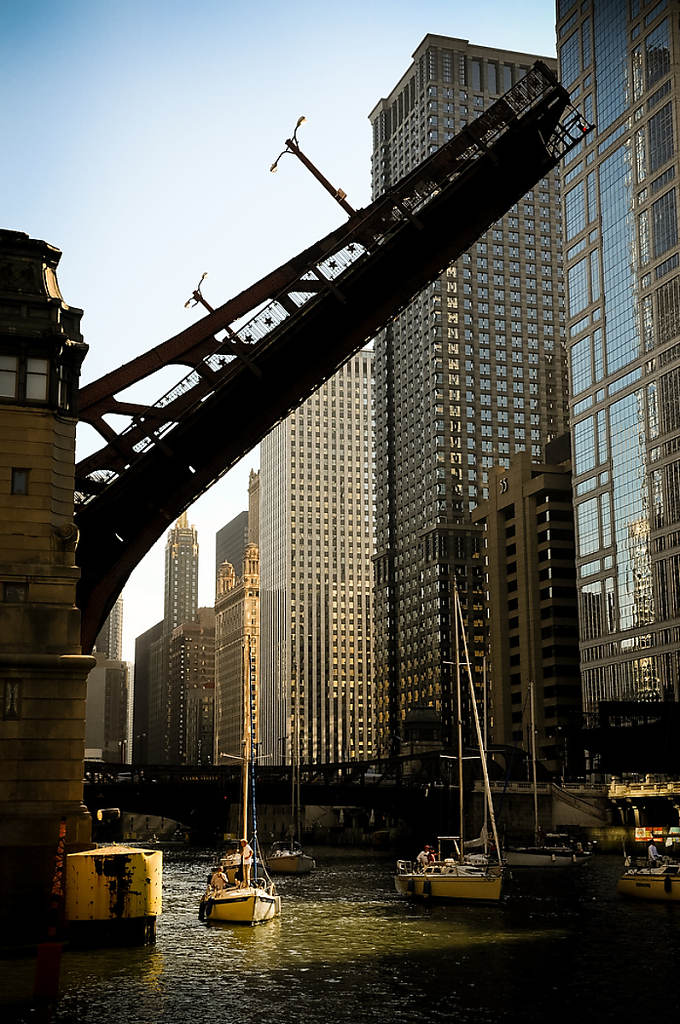 Chicago Impressions Bridge photo by Chris Ocken