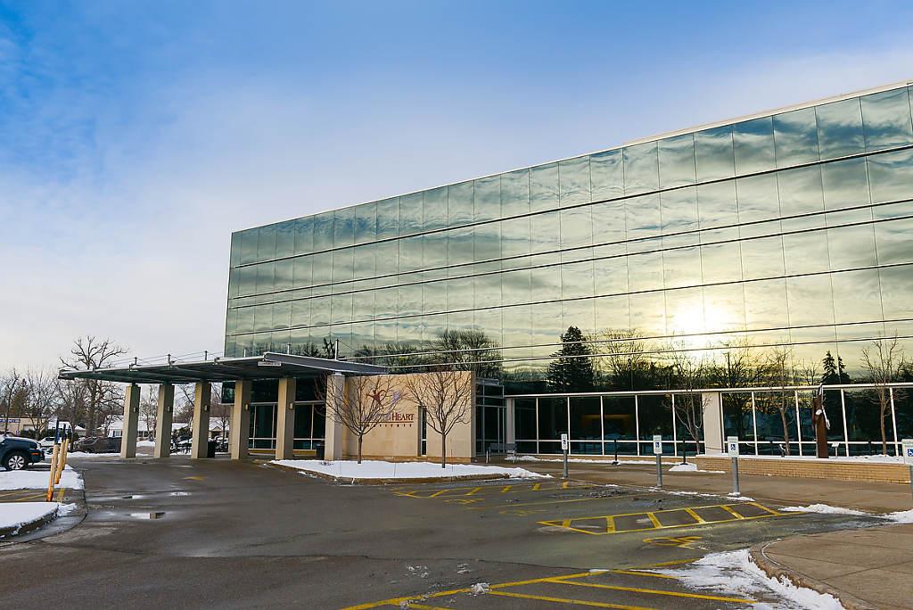 Architecture - Heart Institute photo by Chris Ocken