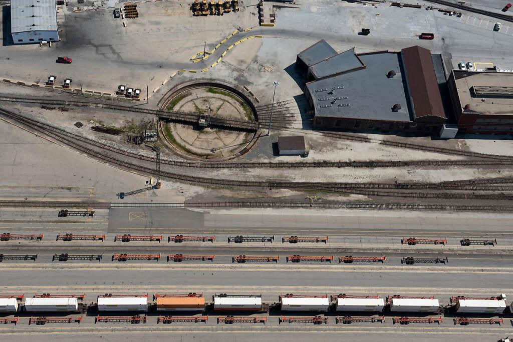 Chicago Impressions Cicero Trains photo by Chris Ocken