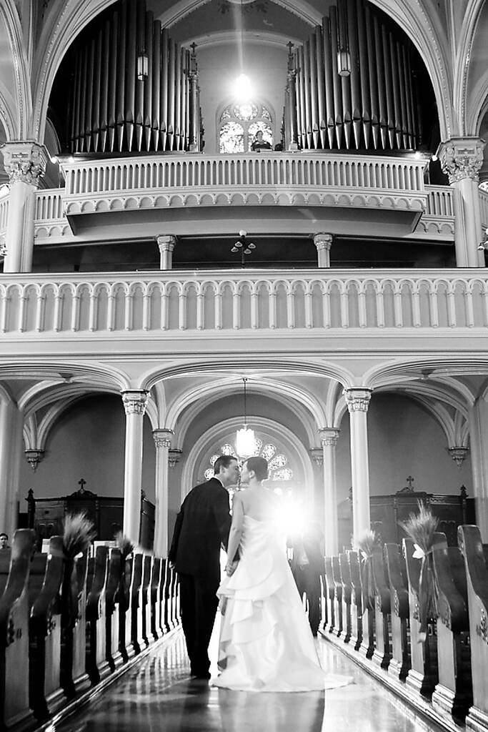 Wedding Photo by Leigh Loftus